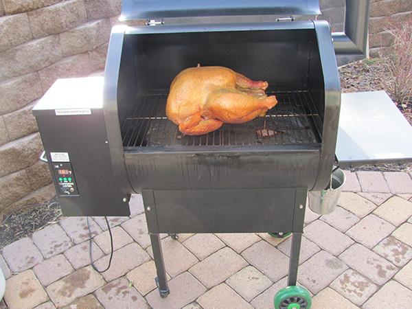 bbq-grill-pellet-turkey.jpg